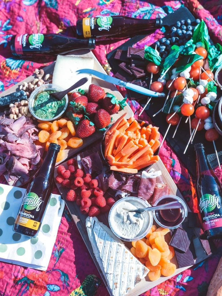 amy rose living sunday picnic